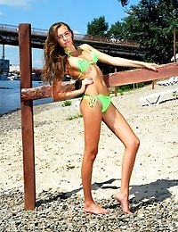 Adorable Teen Hottie Stripping Out Of Her Bikini To Exhibit Her Fresh Naked Body On The Beach.